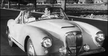"""Dans quel beau coupé italien circulent Trintignant et Gassman dans """"le Fanfaron"""", comédie sortie en 1962 ?"""