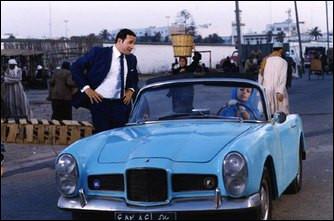 Quel coupé sport conduit Bérénice Béjo dans le film ''OSS117 Le Caire nid d'espions'' ?