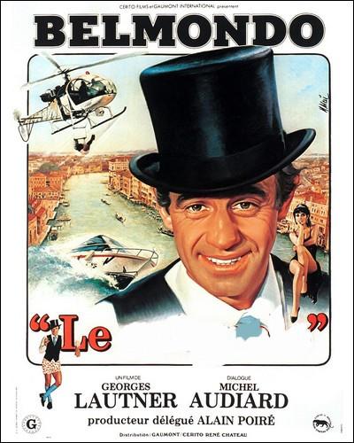 """En haut de forme et caleçon à pois, notre """" Bebel """" national se balade dans un film d'espionnage vaudevillesque..."""