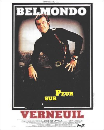 Ce film met en vedette Jean-Paul Belmondo dans le rôle d'un commissaire de police parisien traquant un tueur en série qui terrorise la capitale...