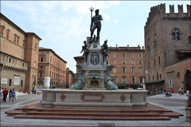 ''La fontaine de Neptune'' ou ''le géant'' est une fontaine allégorique monumentale de Bologne. Dans quel pays cette fontaine est-elle située ?