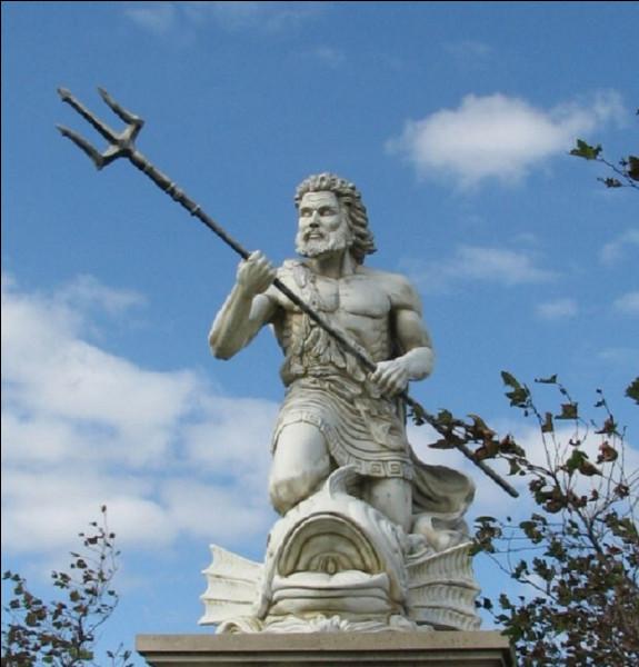 De quoi ''Neptune'' est-il le dieu dans la mythologie romaine ?