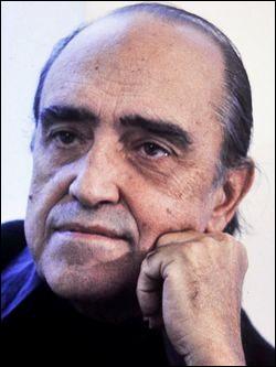 Niemeyer, concepteur de la ville de Brasilia est-il un architecte allemand, mort en 2012 ?