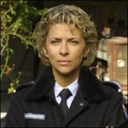 Dans quelle série joue Corinne Touzet ?