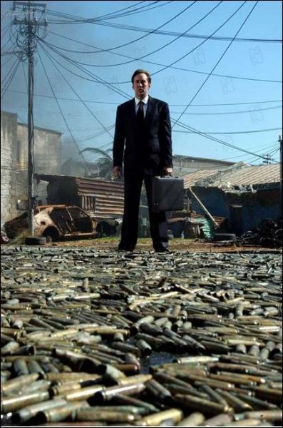 Nicolas Cage nous montre les coulisses d'un trafiquant d'arme alimentant toutes les guerres du monde. Un film qui donne le vertige.