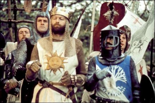 Ambiance médiévale dans ce film où la véracité historique est durement mise à mal au profit du rire et du burlesque. Un chef-d'oeuvre du cinéma britannique !