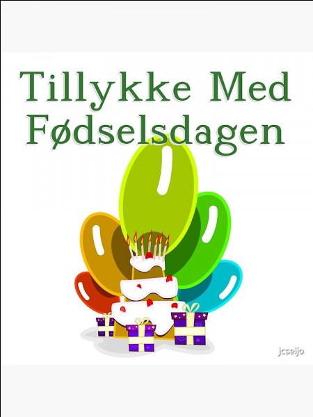 On commence au Danemark, là bas, quand c'est un enfant qui fête son anniversaire, on dispose des cadeaux quelque part. Où ?