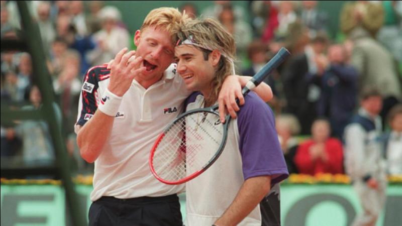 À quel âge le tennisman Boris Becker a-t-il remporté son premier tournoi de Wimbledon ?