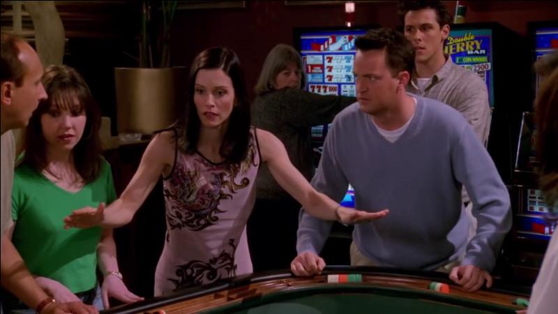 Quelle combinaison de dés devait faire Monica pour qu'elle et Chandler se marient à Las Vegas ?