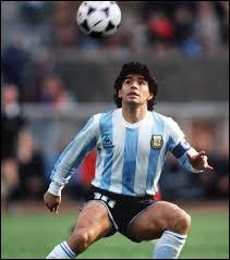 Quel était le surnom de Diego Maradona ?