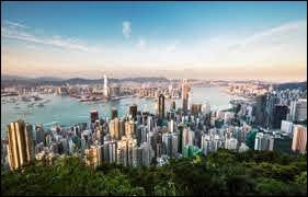 Dans quel pays se trouve la ville de Hong Kong ?