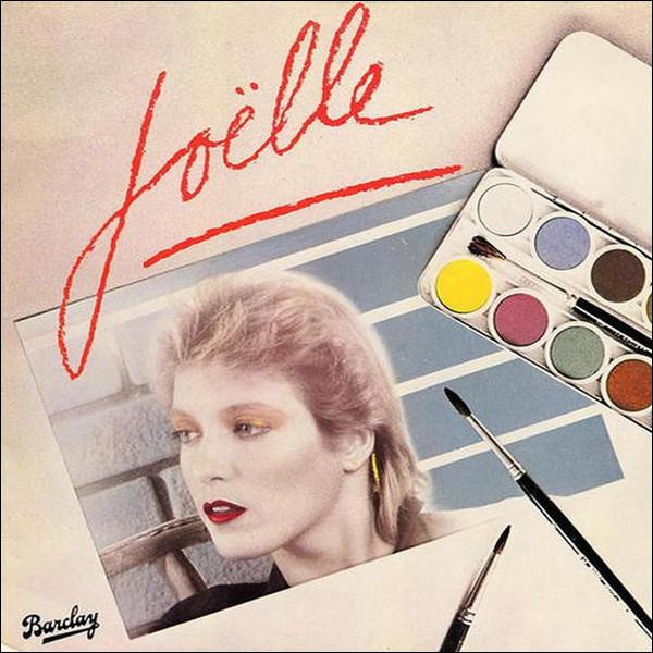 Elle entamera alors une carrière solo dans la musique. Quel sera le nom de son unique album studio paru en 1980 ?