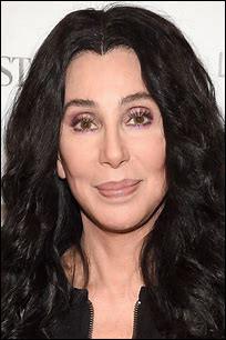 Qui se cache derrière le pseudo Cher ?