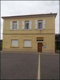 Commune occitane, dans l'arrondissement de Saint-Girons, Fornex se situe dans le département ...