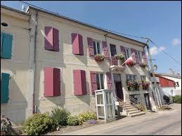 Je vous emmène dans le Grand-Est, à Boncourt-sur-Meuse. Village du parc naturel régional de Lorraine, dans l'aire urbaine de Commercy, il se situe dans le département ...