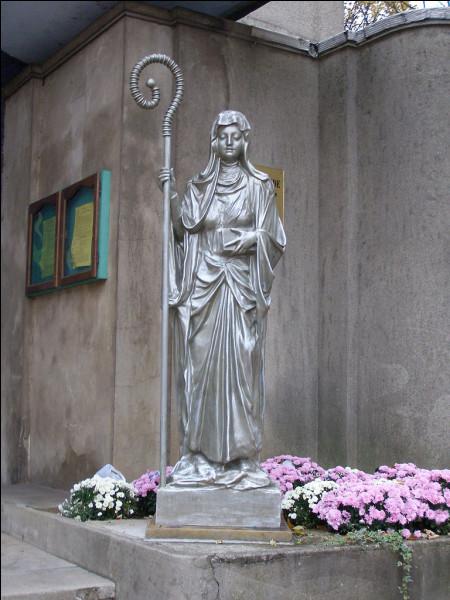 Sainte Aldegonde était native de Cousolre. Elle a fui son village pour fonder un chapitre..