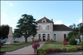 Village Aindinois, Dommartin se trouve dans l'ex région ...