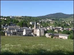 Commune occitane, dans la région naturelle du Conflent, La Cabanasse se situe dans le département ...