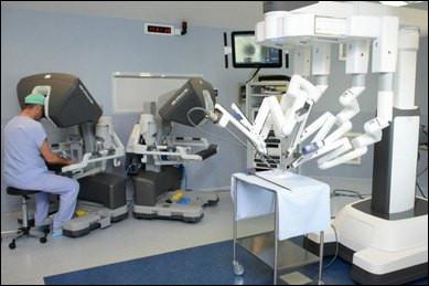 Voici Da Vinci, un robot complexe qui dispose de 4 bras télémanipulés. Dans quel domaine est-il utilisé ?