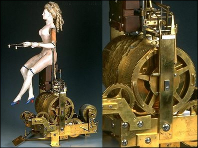 La Joueuse de tympanon est un automate de 1772 réalisé pour la reine Marie-Antoinette. Quelle prouesse cette marionnette exécute-t-elle ?