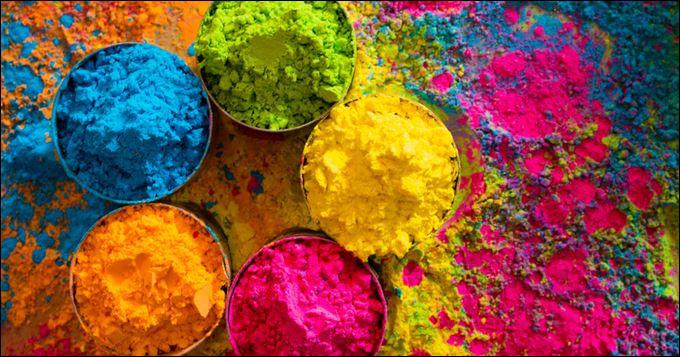 Quelle chanteuse a interprété ''True Colors'' ?