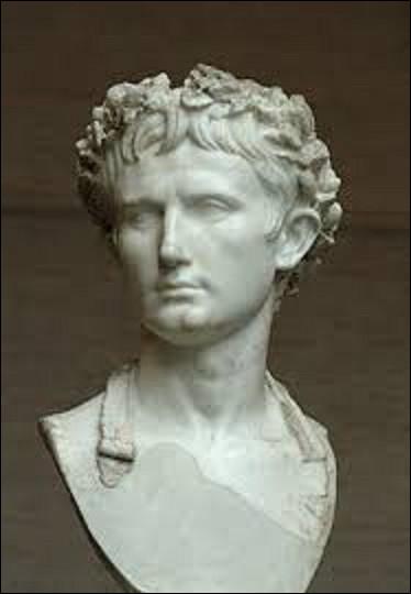 16 janvier 27 av. J.C : Ce jour-là qui devient le premier empereur romain, mettant fin ainsi à la République ?