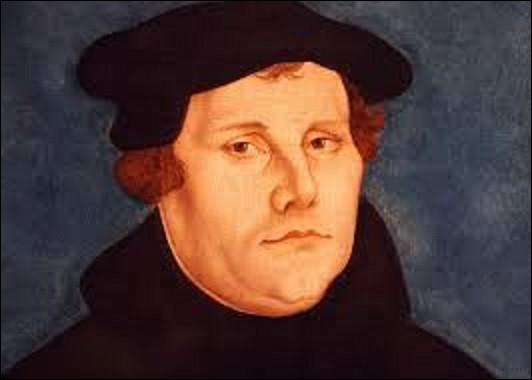 03 janvier 1521 : Quel moine catholique entre en conflit avec la papauté en 1517, en critiquant la vente des indulgences destinée à financer la basilique de Rome, avec ses 95 thèses publiées en 1517, est condamné par le pape Léon X ?