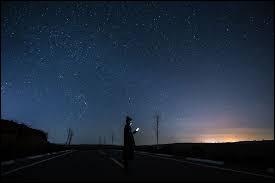 """""""Voyage au bout de la nuit"""" est un célèbre roman de :"""