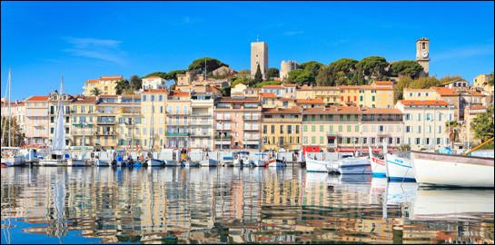 Le Suquet est le plus ancien quartier d'une ville des Alpes-Maritimes. Laquelle ?