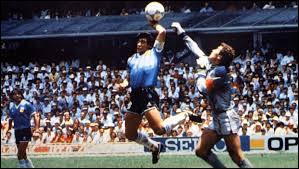 Le 25 novembre Diego Maradona meurt. Quelle était sa nationalité ?