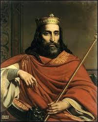 Qui est le premier roi français ?