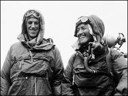 Qui a été le premier homme à gravir l'Everest avec l'alpiniste népalais Tensing Norgay ?