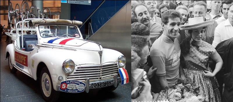 L'année 1954 et le Tour de France > Qui retrouve-t-on, juchée sur une voiture officielle, cette année-là ?