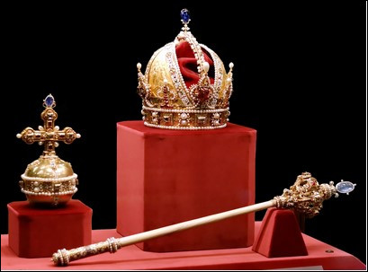 Quel titre de noblesse est immédiatement inférieur à celui de comte ?
