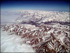 Quelle est la plus longue chaîne de montagne du monde ?
