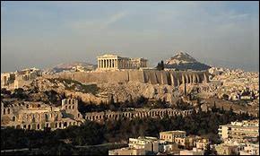 """Quel dieu est le """"protecteur"""" de la ville d'Athènes ?"""
