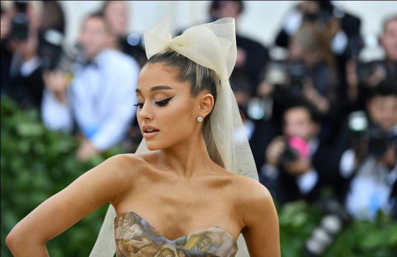 Quel est le nom complet d'Ariana Grande ?