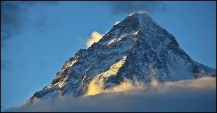 Quelle est la voie d'ascension la plus facile du K2 ?