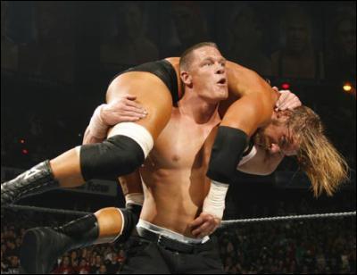 Comment John Cena nomme cette prise ?