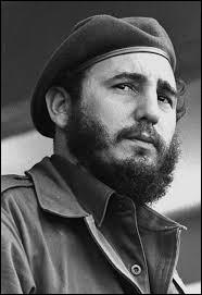 Aujourd'hui, Cuba est gouverné par Raúl Castro. Mais avant lui, c'est un personnage politique mythique qui gouvernait. De qui s'agit-il ?