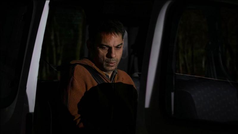Dans quel film les personnages d'Omar Sy et de Virginie Efira sont-ils en conflit avec celui de Grégory Gadebois ?