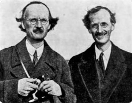 Quel est le nom de ces deux frères jumeaux, Auguste et Jean, physiciens, aéronautes et océanautes suisses ?