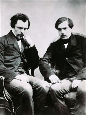 Quel est le nom de ces deux frères Edmond et Jules, écrivains naturalistes. Edmond fut l'instigateur de la fameuse Académie qui porte leur nom ?