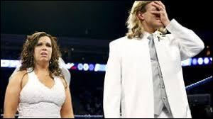 Qui a gâché le mariage d'Edge et de Vickie Guerrero en 2008 ?