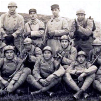 Quel surnom est donné aux soldats français de la Première Guerre mondiale en allusion à leur courage viril ?