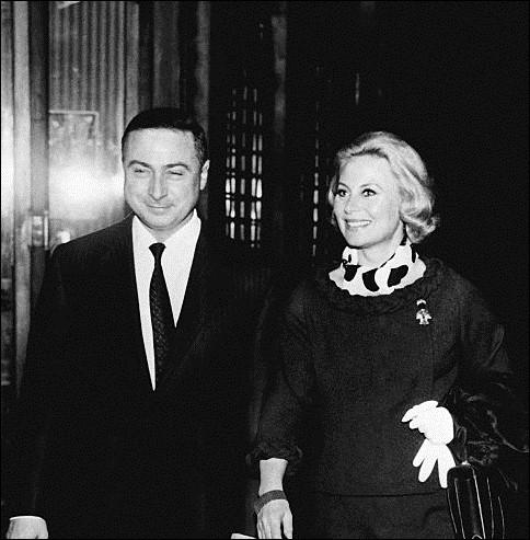 """Après la mort de son mari Henri Vidal en 1959, elle devient la compagne de Gérard Oury, rencontré sur le tournage du film """"Le Miroir à deux faces"""" d'André Cayatte. Ils restent ensemble jusqu'au décès de Gérard Oury en 2006. Elle ne tourne pas avec lui, à l'exception d'un sketch dans """"le Crime ne paie pas"""". Quelle est cette actrice ?"""