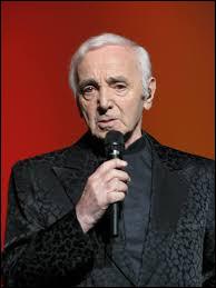 Quels étaient les origines du chanteur Charles Aznavour ?