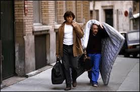 """Dans le film """"Viens chez moi, j'habite chez une copine"""", qui interprète le copain de Michel Blanc ?"""