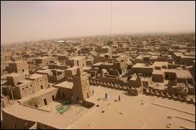 Dans quel pays d'Afrique se situe la ville de Tombouctou ?