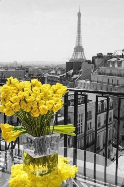 """À qui étaient les paroles """"S'il fait du soleil à Paris, il en fait partout"""" ?"""